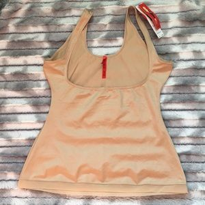 NWT Spanx Slimpicity Open-bust cami